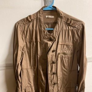 Maurice's military jacket